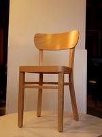 за вътрешно ползване дъбови дървени столове