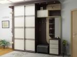 обзавеждане с поръчкови луксозни мебели за гардеробна за ваканционни жилища