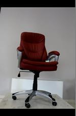 ефектно изпълнение на стабилни офис столове